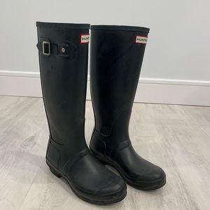 Hunter Tall Black Rainboots